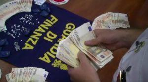 mafia finanza denaro brancato